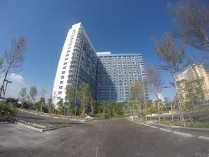 บลู ชะอำ – หัวหิน (BLU Cha am – Huahin)ภายใต้ 'ทิวทะเลเอสเตท' คอนโดมิเนียมแบบ High Rise สูง 21 ชั้น จำนวนห้องทั้งสิ้น 491 ยูนิต บนเนื้อที่ 7 ไร่ ราคาเริ่มต้นที่ 1.89 ล้านบาท สิงอำนวยควมสะดวกครบครัน สระว่ายน้ำ (และจากุซซี่), ฟิตเนส, รปภ., กล้องวงจรปิดโครงการ, ประตู Key Card, สตรีม, สวนหย่อม